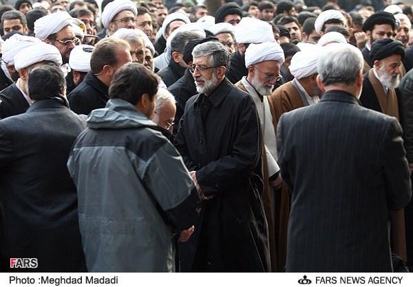 آیتالله آقامجتبی تهرانی در حرم عبدالعظیم حسنی دفن شد + تصاویر
