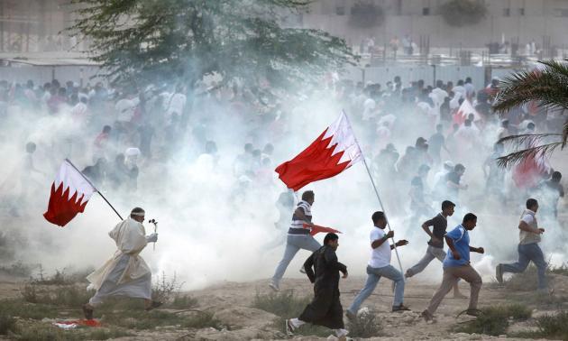 حمله نیروهای آل خلیفه به مراسم سوگواری شیعیان
