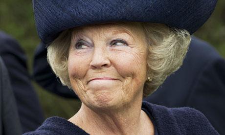 ملکه هلند قدرت را به پسرش واگذار کرد + تصاویر