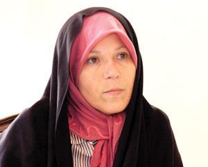 دلیل انتقال فائزه هاشمی به سلول انفرادی