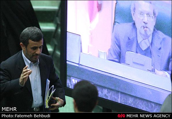 صحبت های جنجالی احمدی نژاد در مجلس + فایل صوتی