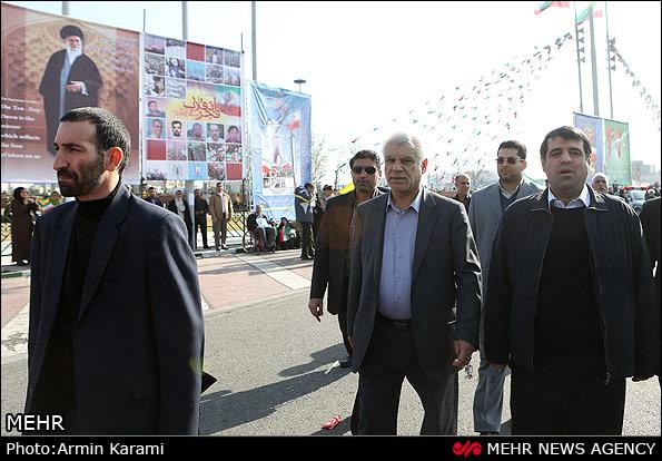 تصاویر مسئولین نظام در راهپیمائی جشن 22 بهمن