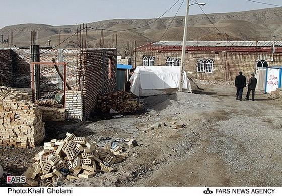 روستای هریس ماه ها پس از زلزله + تصاویر