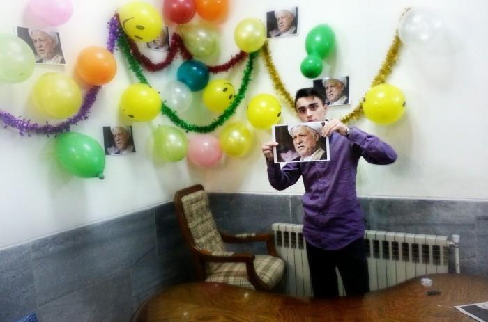 حمایت رسمی نتیجه امام خمینی از حسن روحانی در فیس بوک/عکس