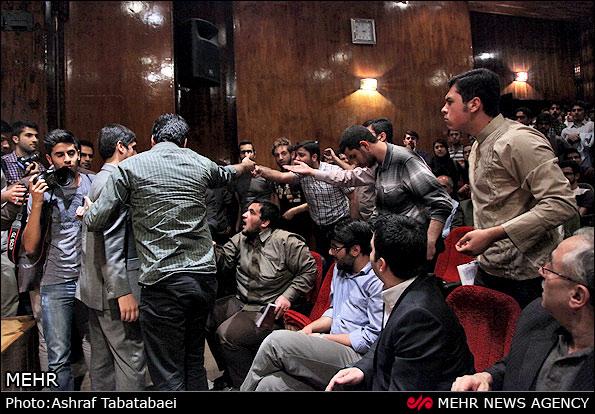 درگیری لفظی حسن روحانی و عضو ستادش با مجری برنامه + تصاویر