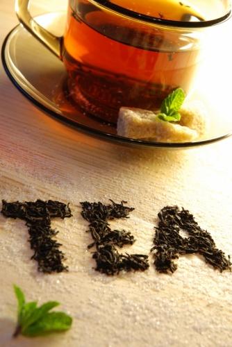 ضررهای نوشیدن چای زیاد چیست ؟