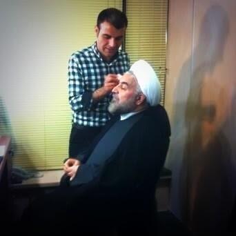 جناب روحانی در حال گریم/عکس
