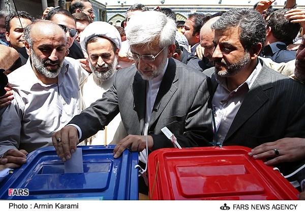 پناهیان با سعید جلیلی رای داد/عکس