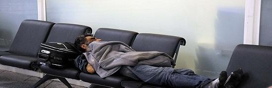 زندگی عجیب مرد ایرانی در فرودگاه ترکیه + عکس