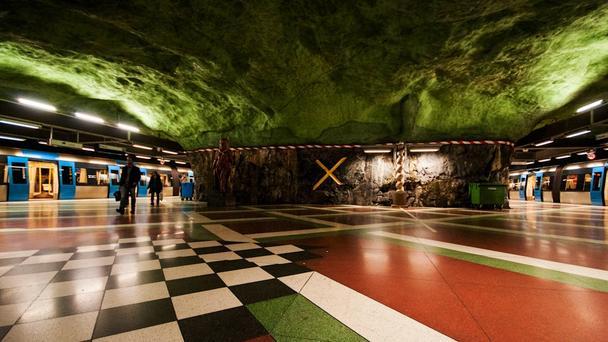 موزه ای عجیب در زیر زمین استکهلم سوئد + تصاویر