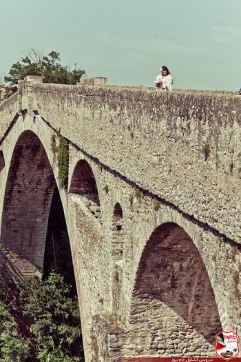 ازدواج دختری با پل شیطانی +تصاویر