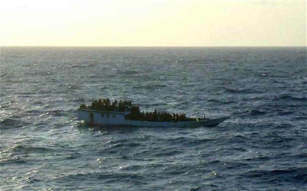 غرق شدن کشتی مهاجران غیرقانونی ایرانی و افغانی در استرالیا