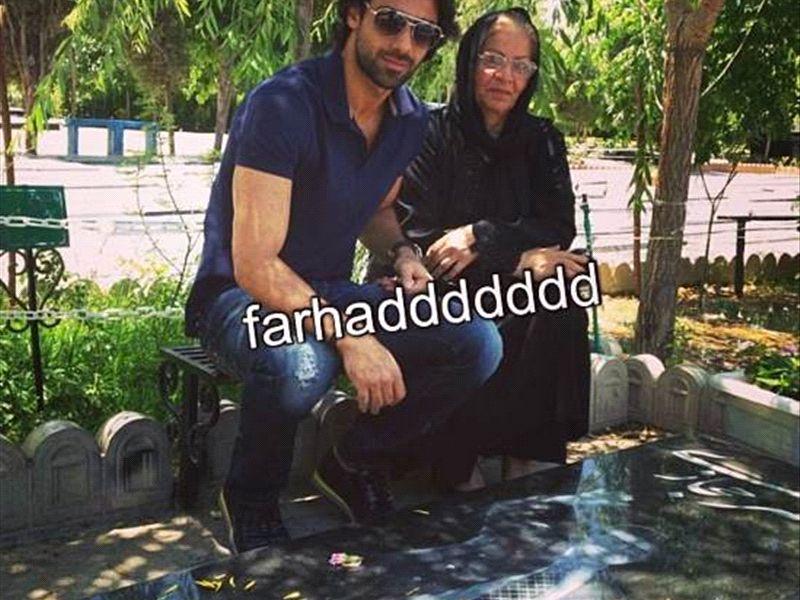 عکس شخصی فرهاد مجیدی در کنار مادرش
