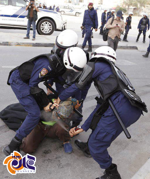 عکس| زن محجبه در بحرین