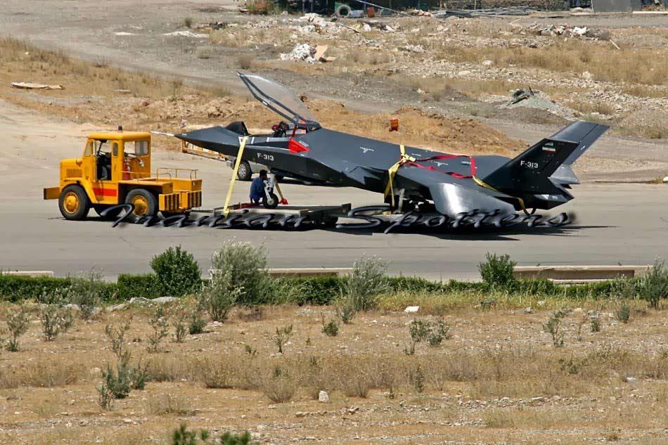 عکس دیده نشده از جنگنده F313 ایرانی