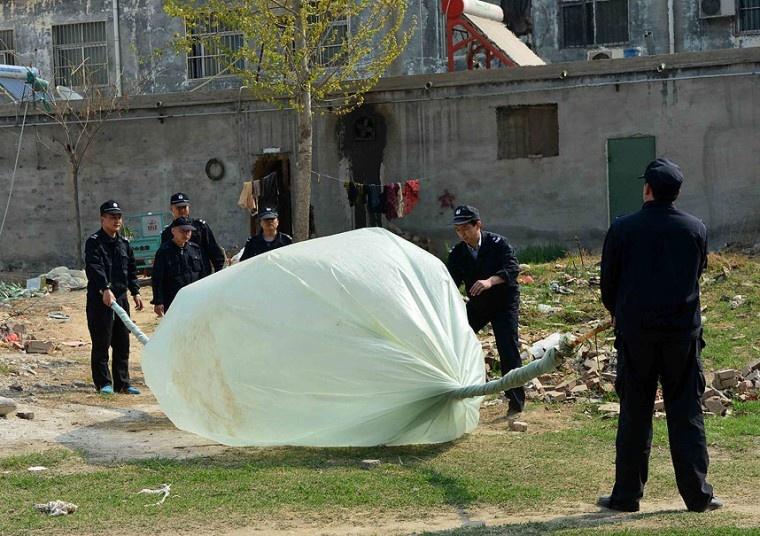 عکس  گاز دزدی چینی ها