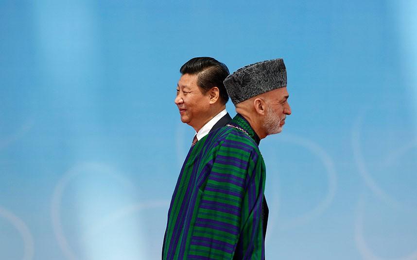 تلاقی جالب چین و افغانستان | عکس