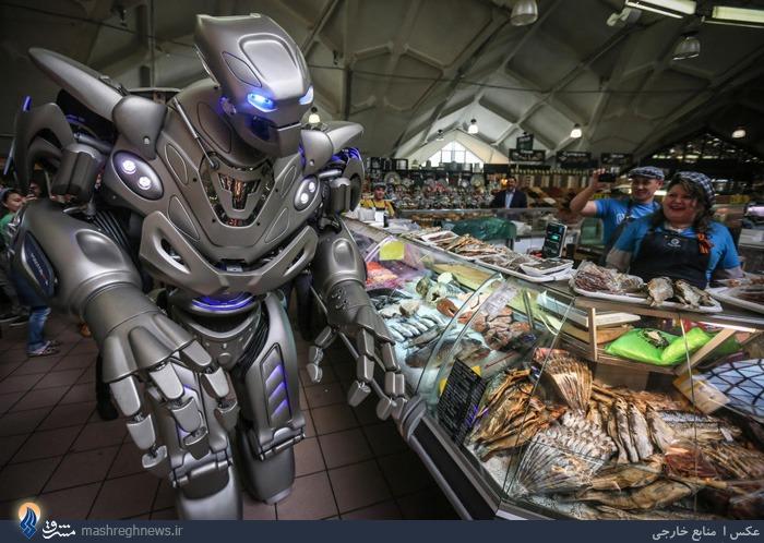 عکس| ربات فروشنده در مسکو