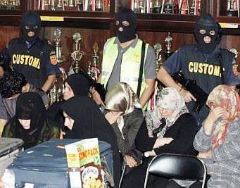 ده ها ایرانی بی گناه در زندان های مالزی