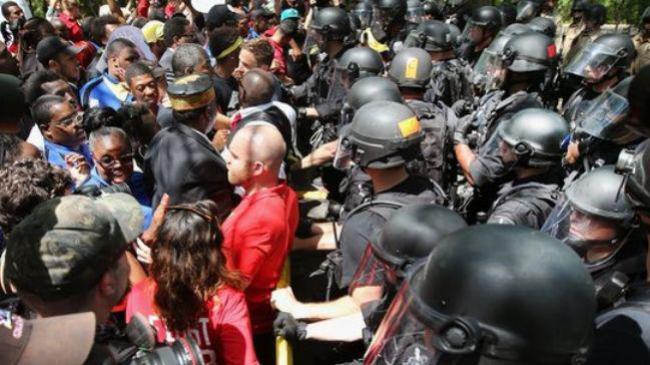 تظاهرات 1000 نفری کارکنان مک دونالد در آمریکا