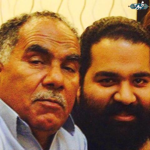 رضا صادقی در کنار پدرش + عکس