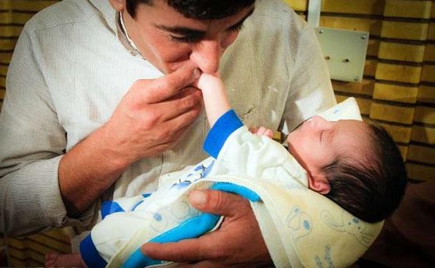 اولین فرزند لقاح مصنوعی ایرانی +عکس