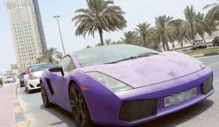 وقتی فراری در دوبی خاک می خورد+تصاویر