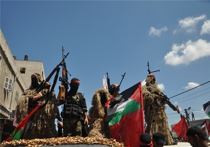 پرچم جمهوری اسلامی در جشن مردم غزه+تصاویر