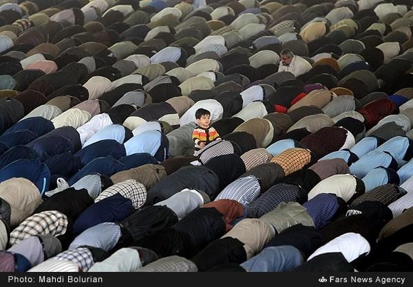 تصویری جالب از نماز جمعه این هفته تهران