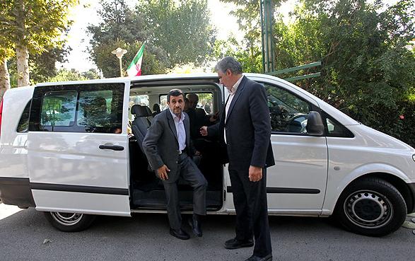 ون مخصوص حمل احمدی نژاد+عکس