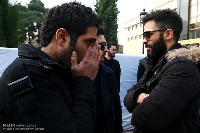 گریه هواداران مرتضی پاشايی در مراسم امروز + تصاویر