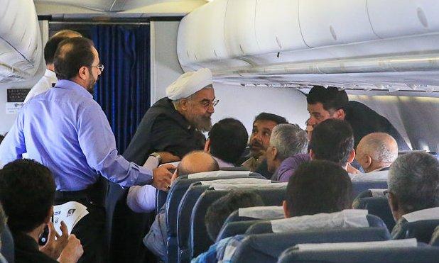 حسن روحانی در هواپیما سورپرایز شد!