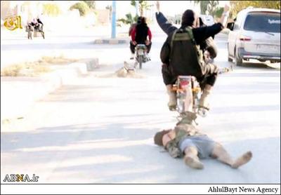 روش جدید داعش برای اعدام قربانیان + فیلم