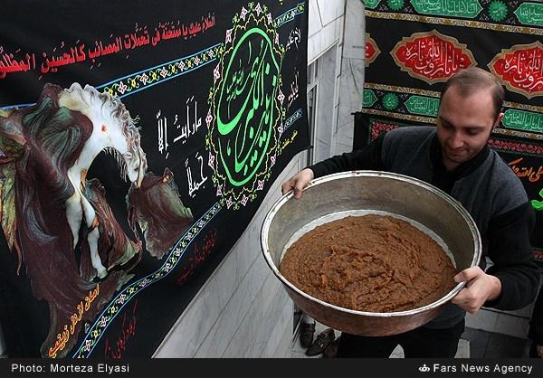 عکس های تهیه و توزیع حلوای نذری در زنجان