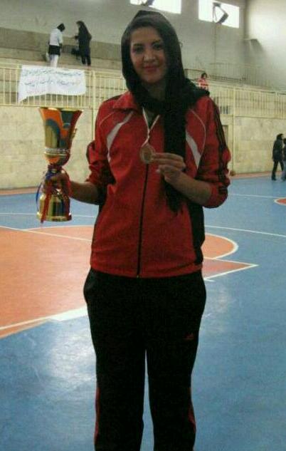 قد بلندترین دختر ورزشکار ایرانی/عکس