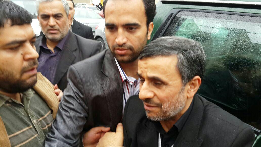 مادر احمدی نژاد درگذشت