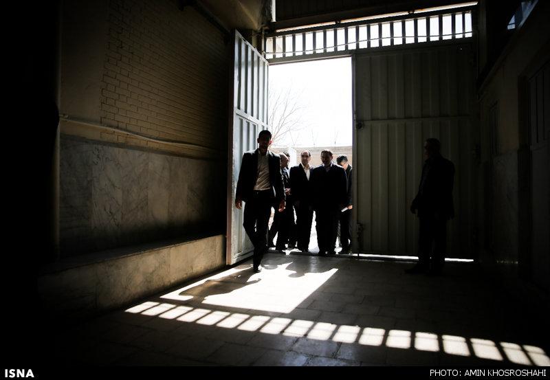 گزارش تصویری از حضور وزیر بهداشت زندان قزل حصار