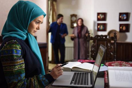 الناز حبیبی:هیچ چهرهای رایگان به تلویزیون نمیرود