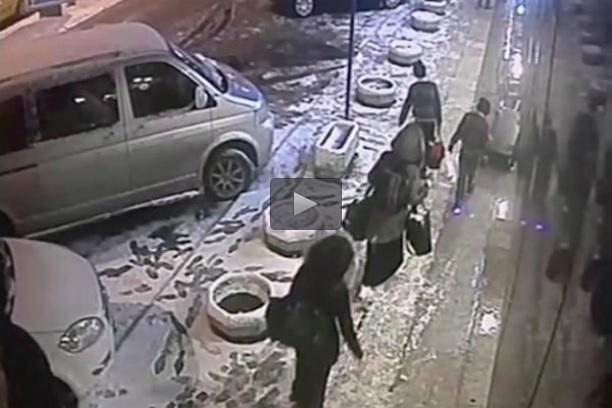 دختران انگلیسی در مسیر پیوستن به داعش/کلیپ