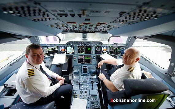 یک ایرانی خلبان مدرنترین هواپیمای مسافربری جهان +عکس