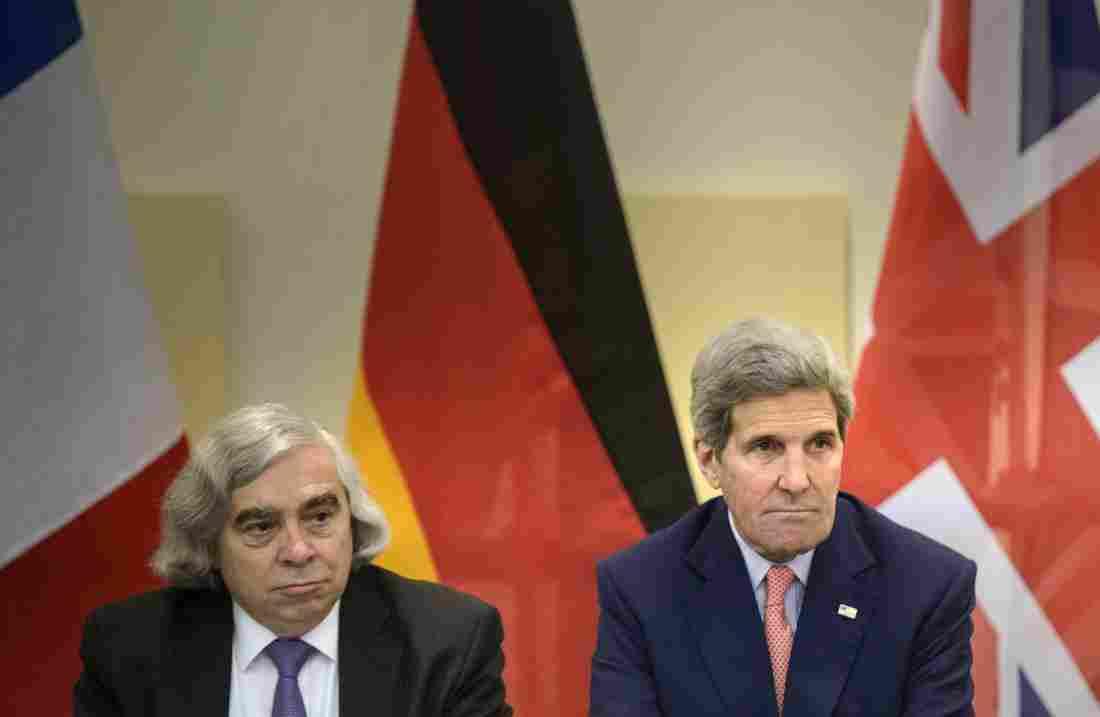 وزیر انرژی آمریکا:توافق هسته ای بهترین راه برای جلوگیری از دسترسی ایران به سلاح هسته ای است