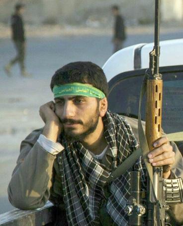 چند داعشی با این قناصه به هلاکت رسیده اند؟ + عکس