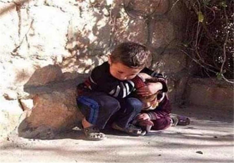 غیرت یک کودک سوریه ای در مقابل داعش + عکس