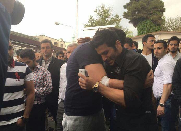 اشک های کاظمیان در پی فوت دلخراش و ناگهانی مهرداد اولادی