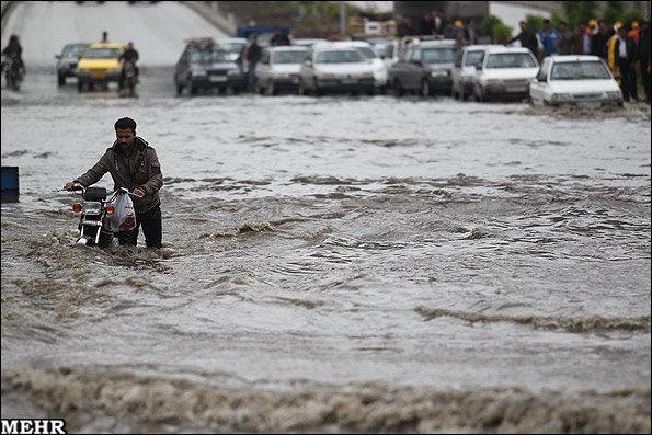 باران و توفان شدید در مشهد