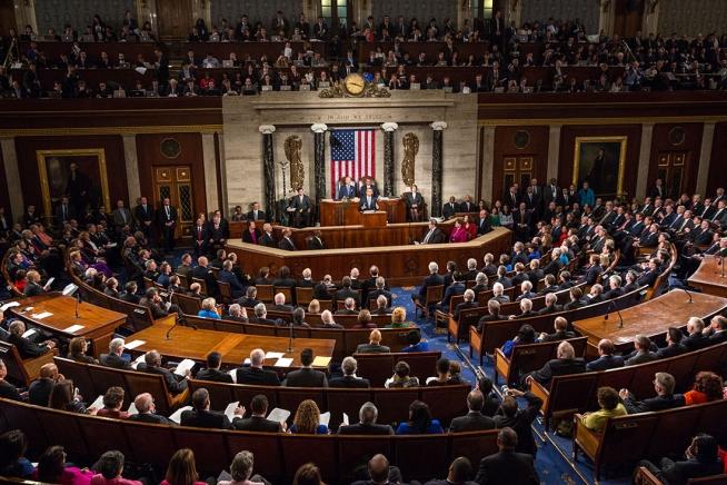اقدام عجیب دو نماینده کنگره آمریکا برای ایجاد ممنوعیت تجارت با ایران!