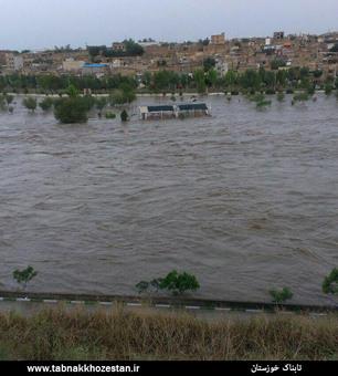 آب رودخانه دز دزفول طغیان کرد+تصاویر
