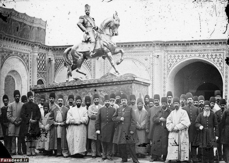 اولین تندین پادشاه ایرانی که در میادین نصب شد + عکس