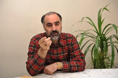 رئیس مرکز تجارت جهانی ایران:دولت ارزشی برای منتقدان قائل نیست/اقتصاددانهای منتقدِ اصلاح طلب هم طرد شدند