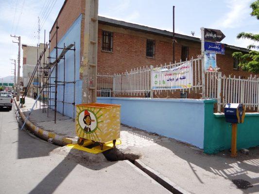 اقدام جالب شهرداری ابهر با سطلهای آشغال / تصاویر